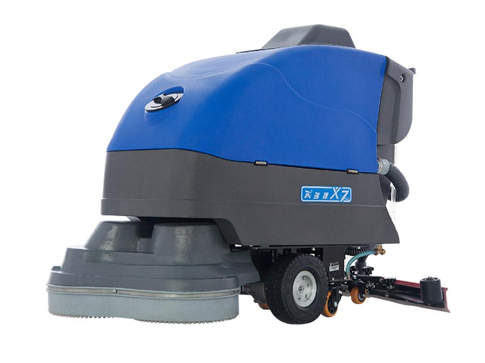 电动式清扫车和洗地车有什么不同,选哪种好呢?