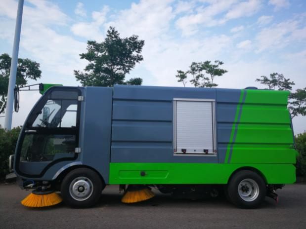Ruiqing S28 pure electric road sweeper and car wash